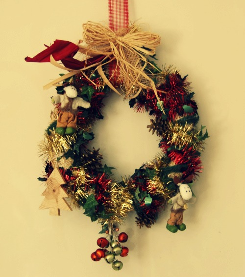 Couronne de no l diy faire une couronne de no l - Decoration couronne de noel ...