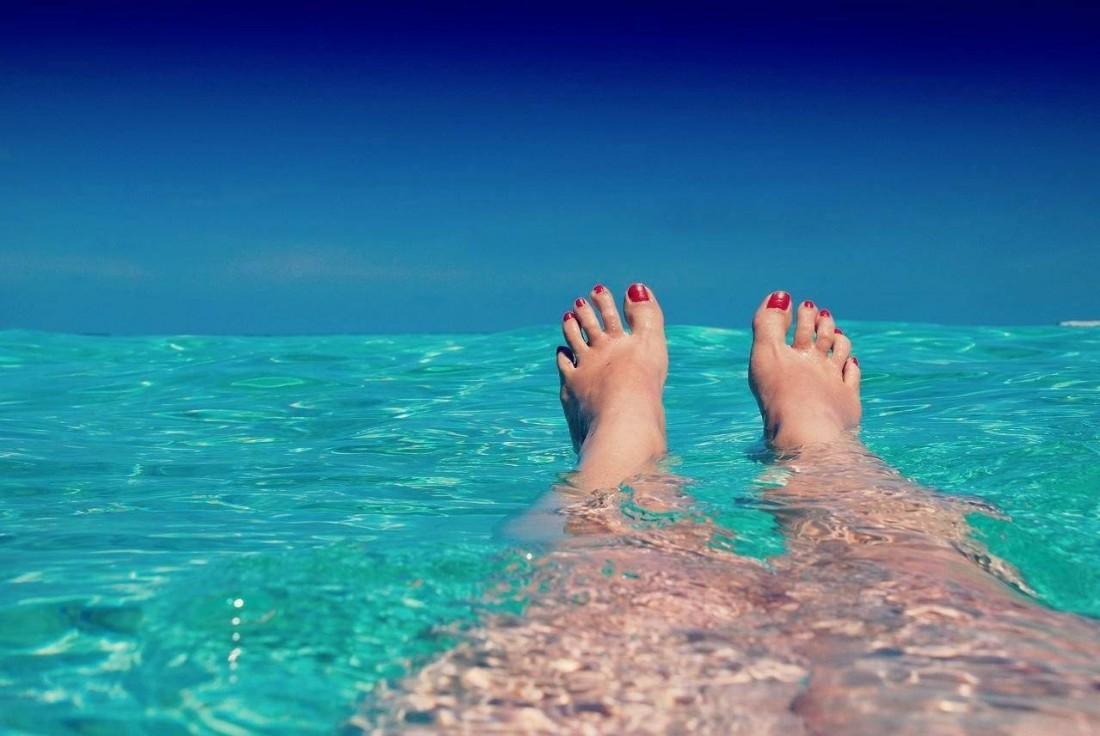 Popcarte vous livre ses 5 conseils indispensables pour être au top à la plage : peau, maillot de bain, beauté... Tout y est ! Une fois sur la plage, vous n'aurez plus qu'à profiter ! Détente et farniente en perspective !