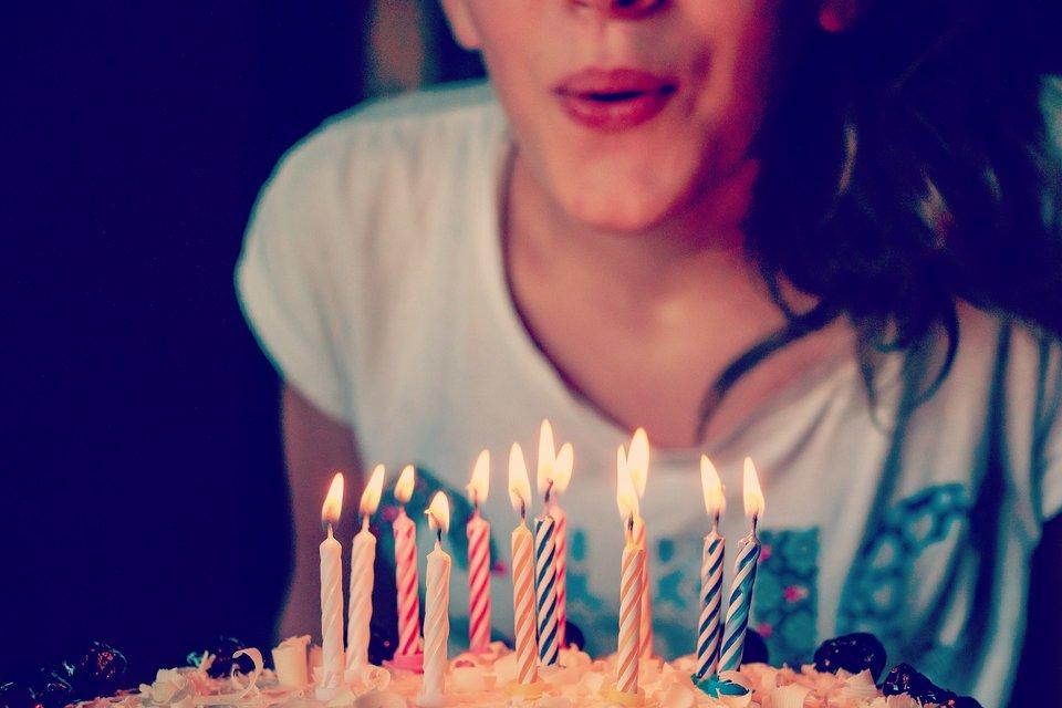 Comment organiser un anniversaire surprise le blog popcarte - Comment organiser un anniversaire surprise ...