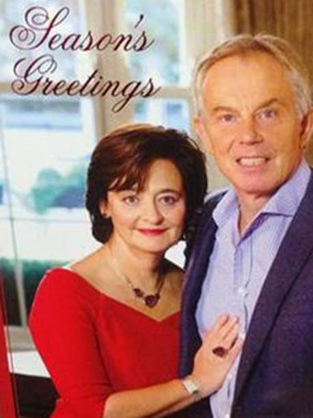 Aie-la-carte-de-voeux-ratee-de-Tony-Blair-moquee-sur-Twitter