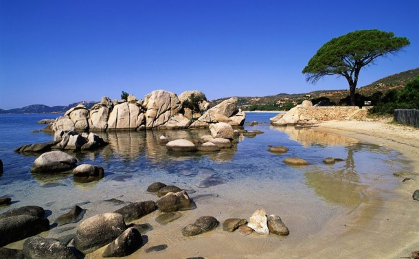 palombaggia-corsica-rocks-beaches-1920x1080-wallpaper369838