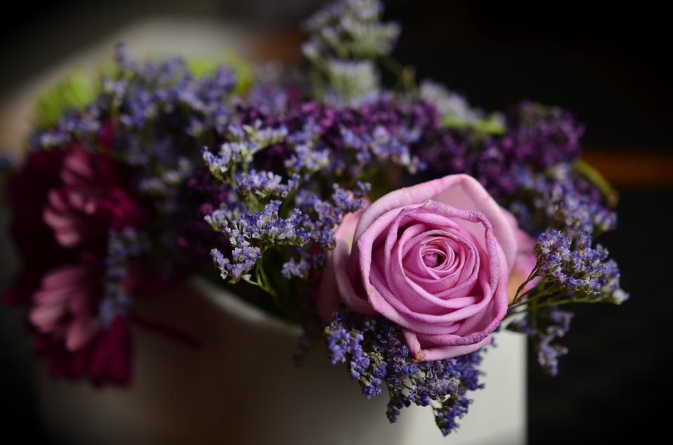 Comment choisir son bouquet de fleurs pour un cadeau d for Bouquet de fleurs hd