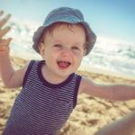 Partir en vacances avec bébé : nos conseils !
